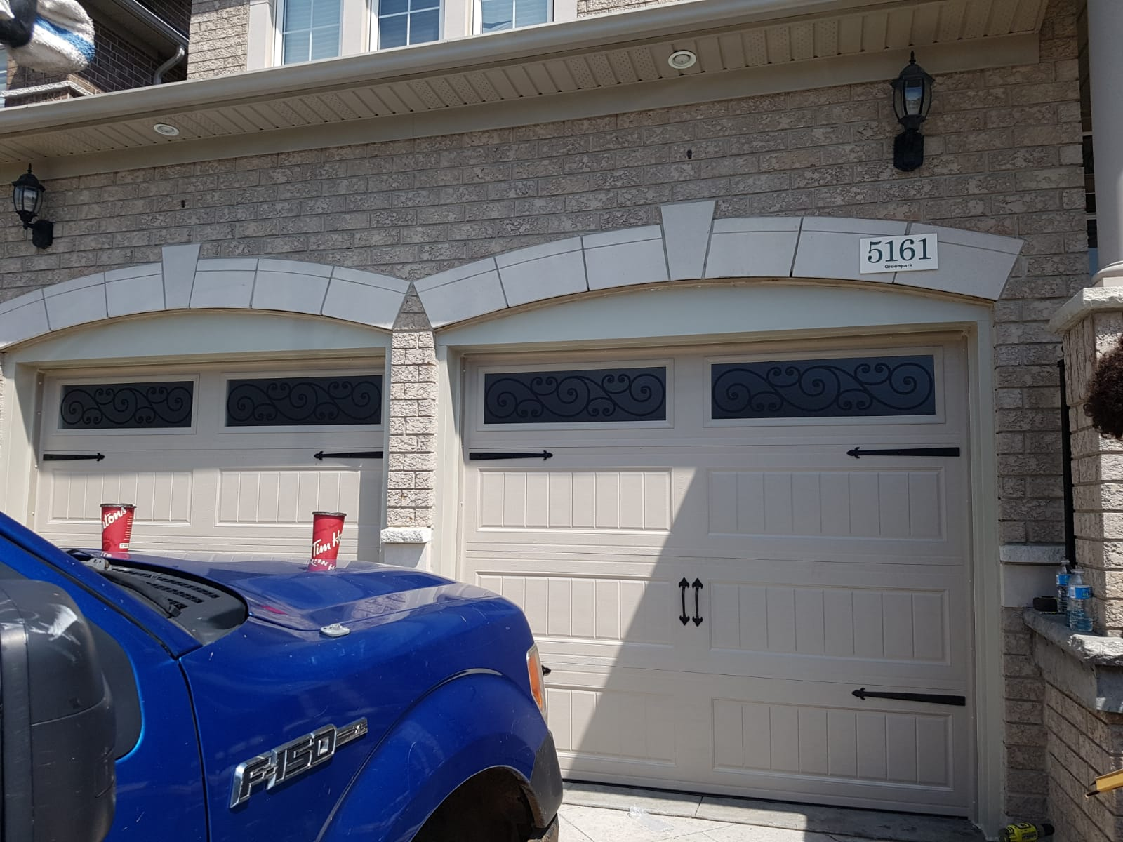 Electric Garage Door Repair near Toronto, Milton, Oakville, Mississauga